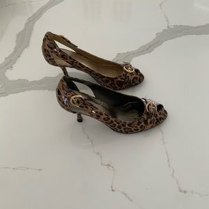 Stuart Weitzman leopard heels size 8.5